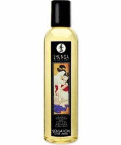 Erotisk massasjeolje med behagelig duft av lavendel. 250 ml fra Shunga.