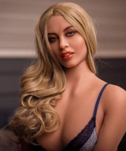 Aleksandra. Realistisk naturtro sexdukke. 162 høy. 35 kg. Lys hud. Langt mørkeblondt hår. Oral, vaginal og anal åpning.Individuelle tilpasninger er mulig.