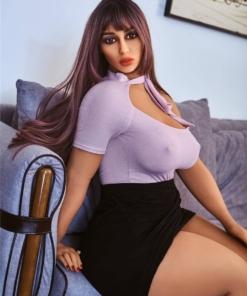 Ingrid. Realistisk sexdukke. 156 cm høy og veier 48 kg. Lys hud og langt brunt hår. Komplett med lyd og varmeutstyr. Tilpasninger er mulig. Oral, vaginal og anal åpning.